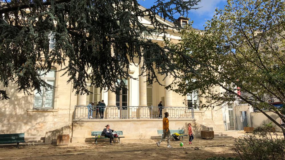 Façade of Pavillon Carré de Baudouin